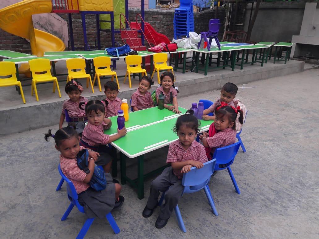 Itahari Model School
